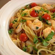 Pasta with Shrimp, Tomatoes, Garlic, Lemon and Basil