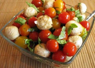Tomato, Mozzarella and Basil Salad