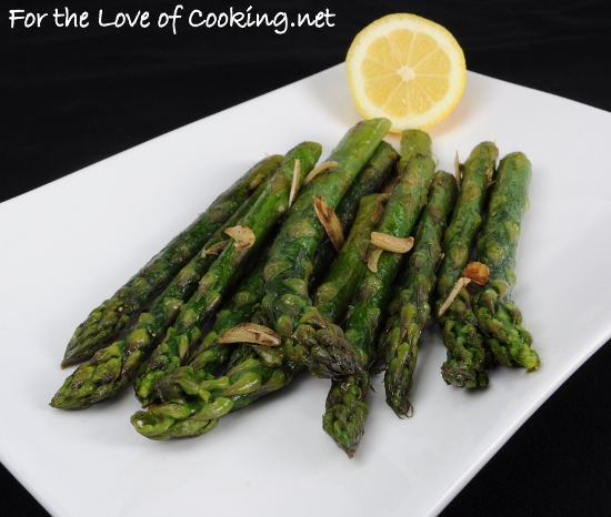 Garlicky Asparagus with a Splash of Lemon