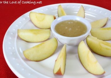 Vanilla Bean Caramel Dip with Sliced Apples