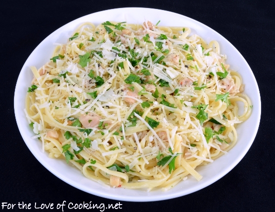 Linguine with Clam Sauce | For the Love of Cooking