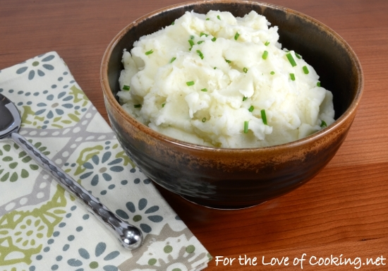 Garlic and Chive Mashed Potatoes | For the Love of Cooking