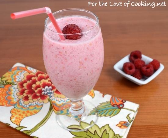 Raspberry Coconut Pom Smoothie