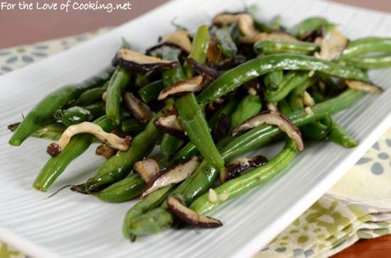 Roasted Green Beans with Shiitake Mushrooms and Garlic