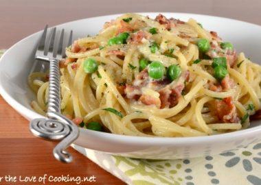 Pasta Carbonara with Bacon and Peas