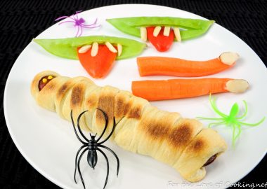 20 Party Recipes to Make Halloween Spooktacular!!