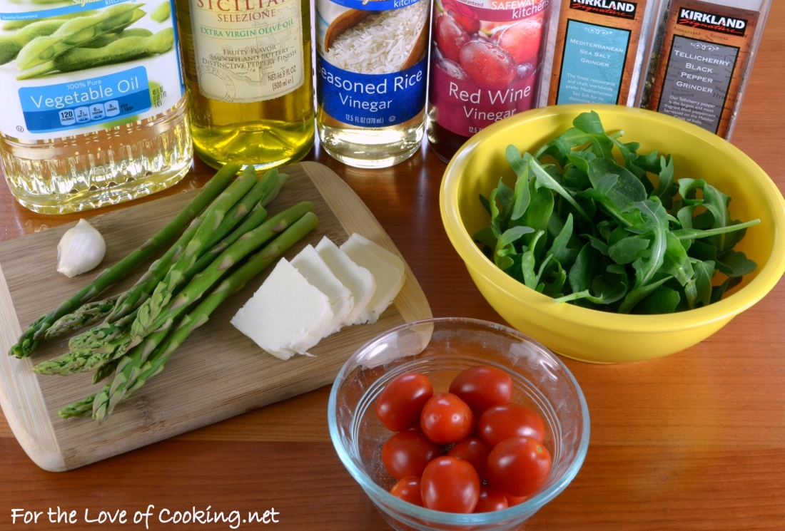 Grilled Asparagus, Tomato, and Halloumi Salad with Arugula and Spinach