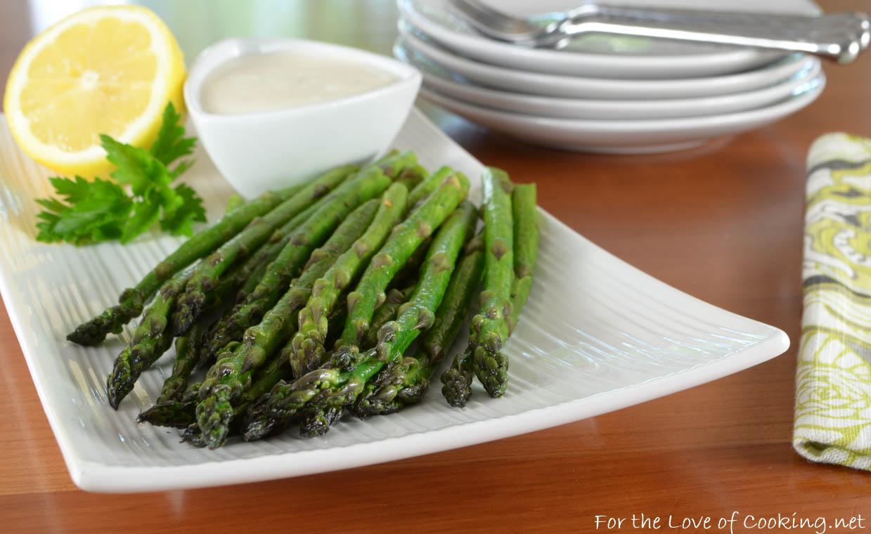 Asparagus Spears with Lemon-Garlic Aioli