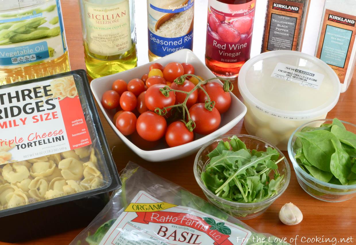 Cheese Tortellini Pasta Salad with Tomatoes, Arugula, and Mozzarella