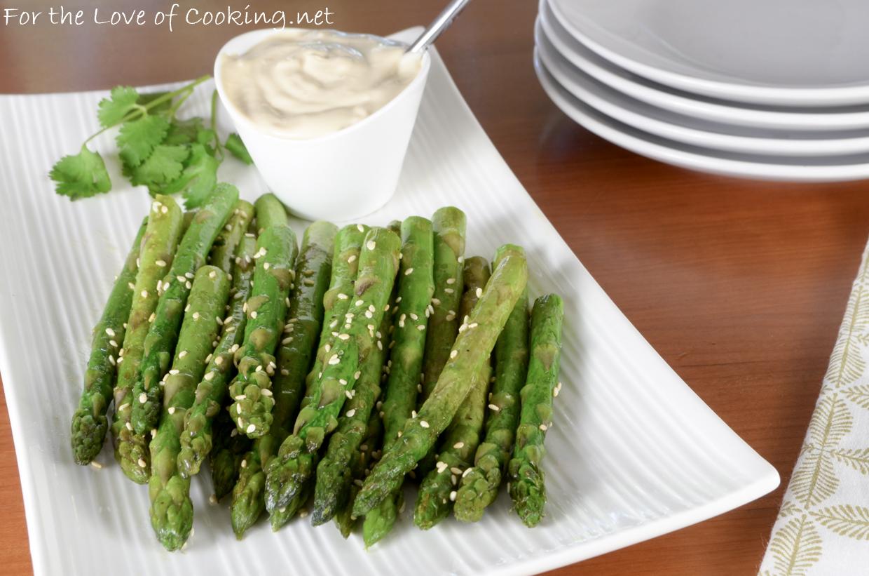 Sesame Asparagus with Soy-Garlic Aioli Sauce