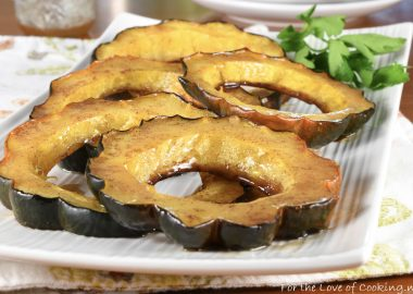 Cinnamon Honey Butter Roasted Acorn Squash Rings