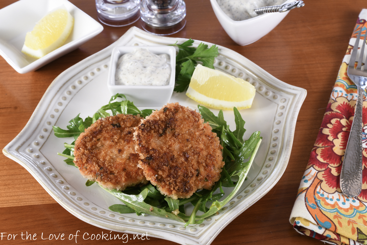 Crispy Salmon Cakes with a Lemon Dill Aioli