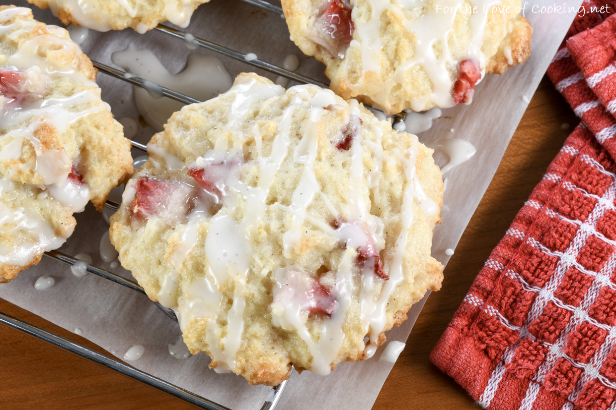 Strawberry Shortcake Cookies with Vanilla Glaze