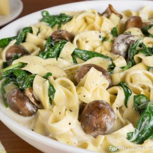Fettuccine Alfredo with Button Mushrooms & Spinach