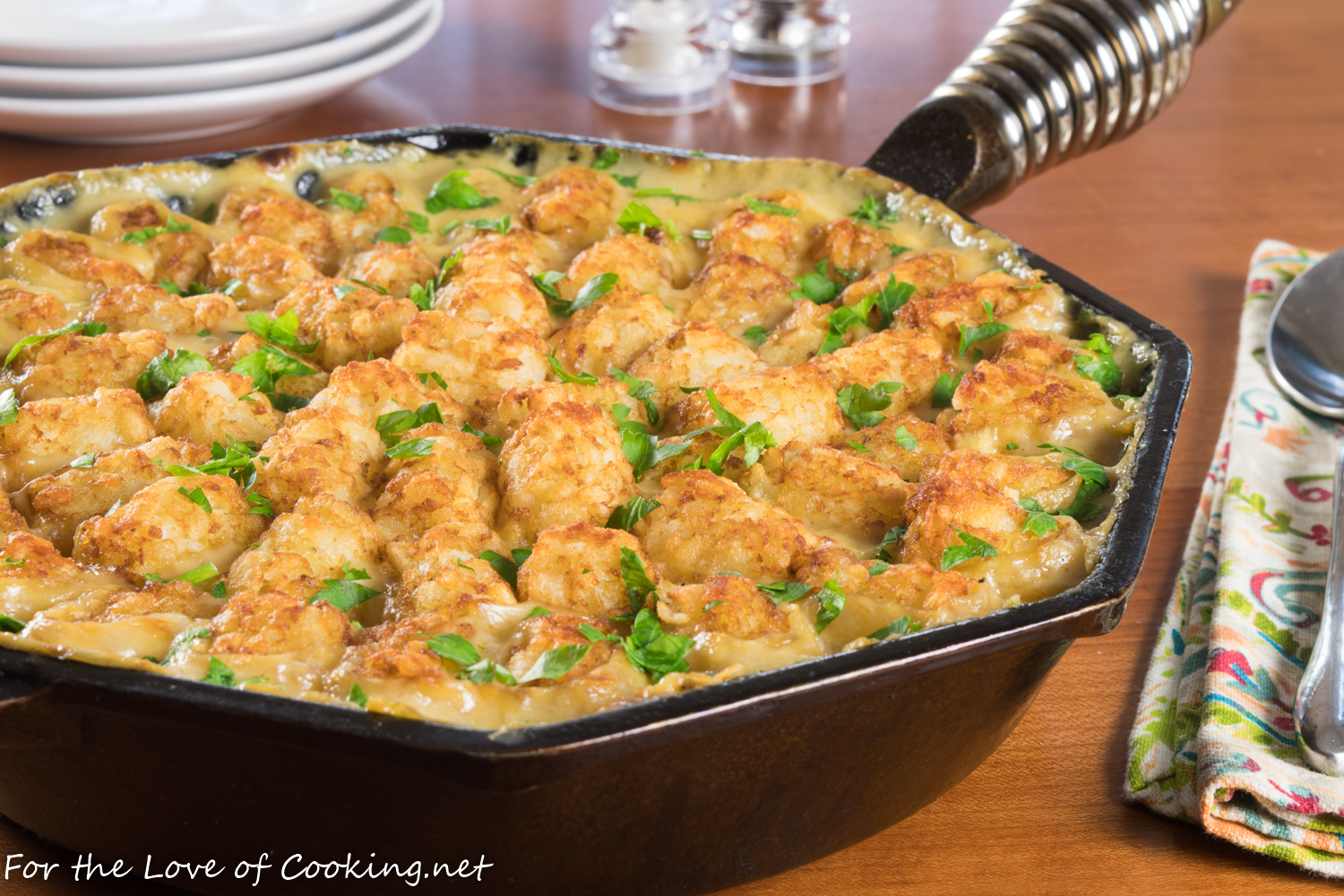 Skillet Tator Tot Chicken Pot Pie