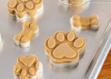 Frozen Peanut Butter & Banana Dog Treats